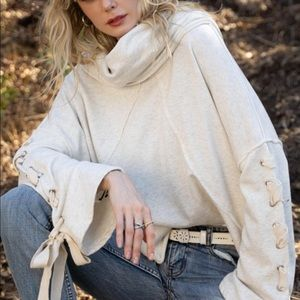 NWT. Lace Sleeve Sweatshirt